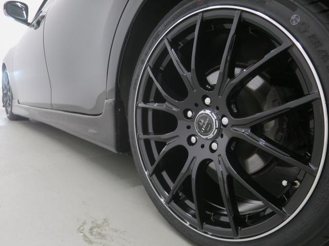 スマートキー・新品フルエアロ・新品19インチAW・新品タイヤ・新品ローダウンサス・ウィンカーミラー・HIDヘッドライト・フォグランプ付でエクステリアもドレスアップ済!キマってます!!