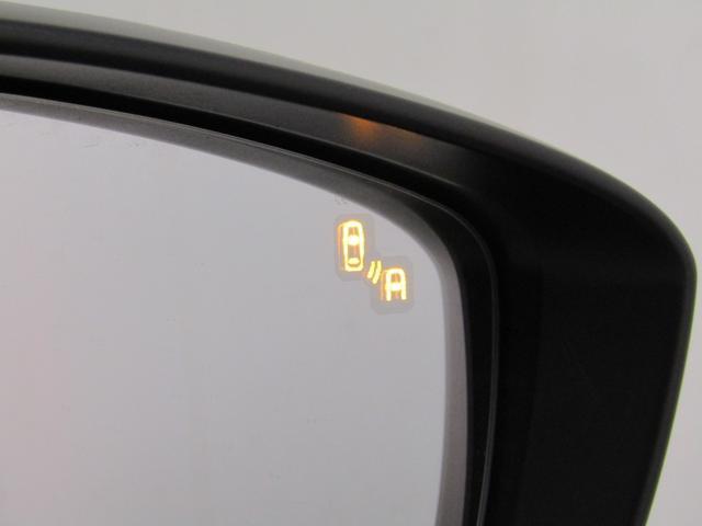 XD ツーリング Lパッケージ 白本革シート レーダークルーズC スマートシティブレーキ ブラインドスポットM 車線逸脱警報 BOSEサウンド ナビBカメラ地デジ 18インチAW 車間認知支援S ヘッドアップディスプレイ(10枚目)