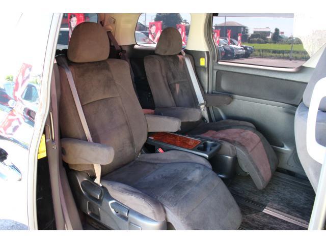 トヨタ ヴェルファイア 2.4ZプラチナセレII 純正HDD 両側電動 後席モニター