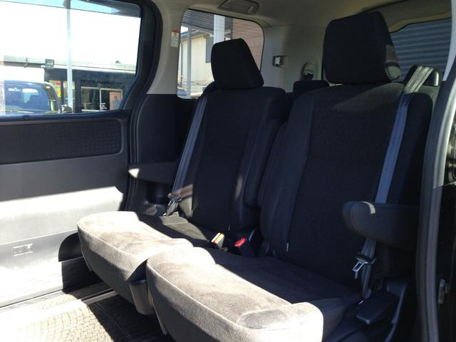 トヨタ ノア ハイブリッドG プリクラッシュ両電動Dツインモニター保証継承