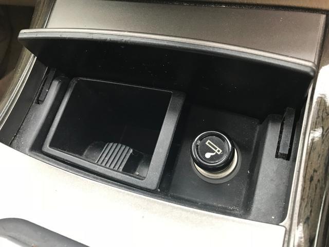 リミテッド 4WD HDDナビ サンルーフ(18枚目)