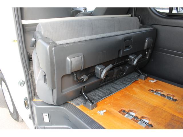 トヨタ ハイエースバン 2.0スーパーGLロング トヨタ車体300kg対応リフト付