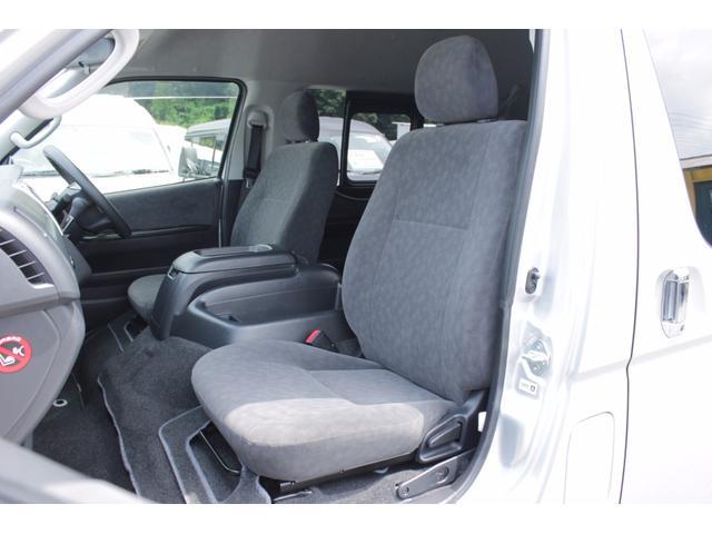 トヨタ ハイエースワゴン グランドキャビン 4WD 電動スライドドア 純正SDナビTV