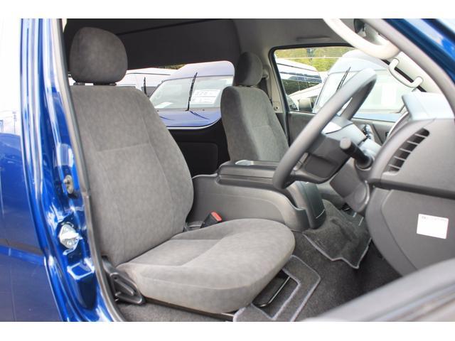 トヨタ ハイエースワゴン グランドキャビン 4WD パワースライドドア 後席モニター