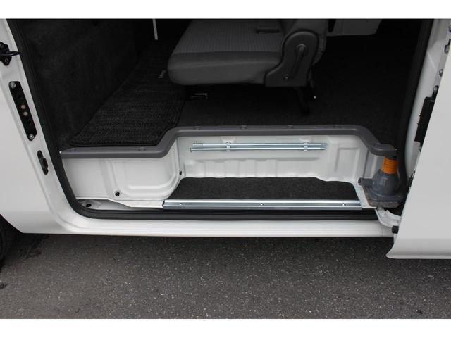 日産 NV350キャラバンバン 2.0DXロング Wエアコン LEDライト ルーフキャリア付