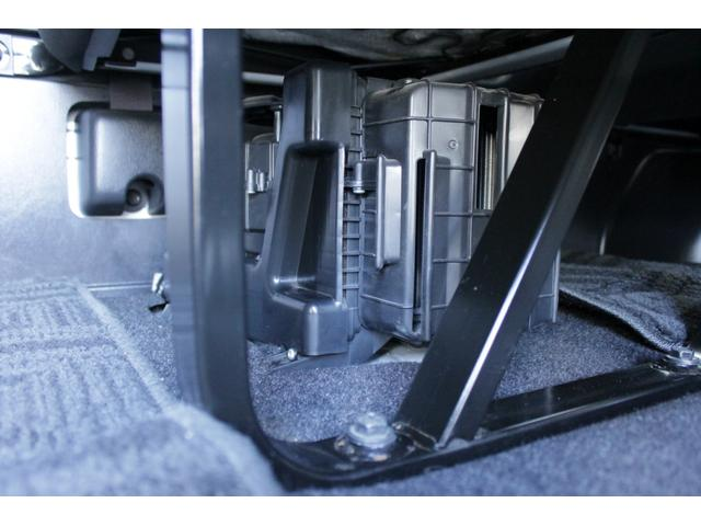 スーパーロングGL パワースライドドア 純正HDDナビ 後席モニター バックカメラ ETC 14人乗り(63枚目)
