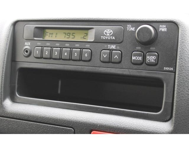 純正AMFMラジオが装備されています。★カーナビゲーション+バックカメラが必要なお客様は、Cパックをご検討ください。