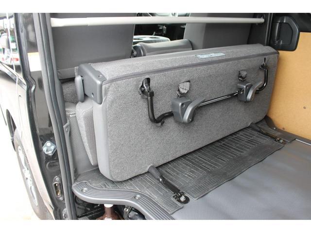 3.0DXロング GLパッケージ4WD ハイルーフ ベッド付(14枚目)