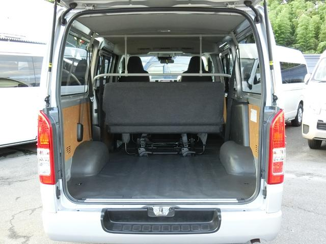 DX GLパッケージ 4WD ディーゼルターボ トヨタセーフティセンス Wエアコン 寒冷地仕様 9人乗り(4枚目)