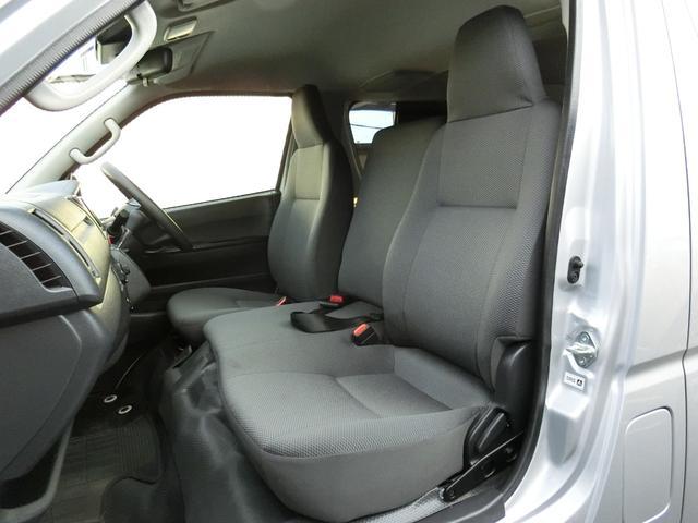 DX GLパッケージ 4WD ディーゼルターボ トヨタセーフティセンス Wエアコン 寒冷地仕様 9人乗り(10枚目)