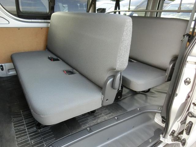 DX GLパッケージ 4WD ディーゼルターボ トヨタセーフティセンス Wエアコン 寒冷地仕様 9人乗り(14枚目)