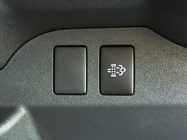 DX GLパッケージ 4WD ディーゼルターボ トヨタセーフティセンス Wエアコン 寒冷地仕様 9人乗り(56枚目)