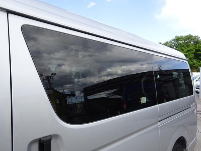 DX 4WD パワースライドドア 純正ナビ バックカメラ ETC 後席モニター 10人乗り(24枚目)