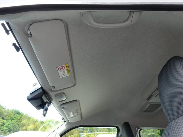 DX 4WD パワースライドドア 純正ナビ バックカメラ ETC 後席モニター 10人乗り(45枚目)