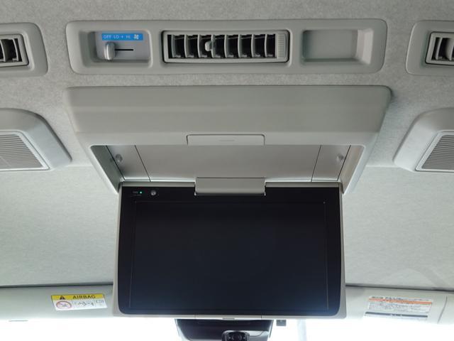 DX 4WD パワースライドドア 純正ナビ バックカメラ ETC 後席モニター 10人乗り(62枚目)