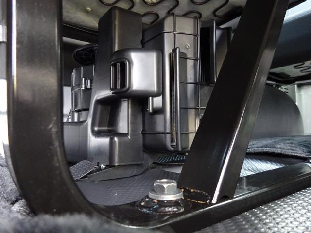 DX 4WD パワースライドドア 純正ナビ バックカメラ ETC 後席モニター 10人乗り(64枚目)