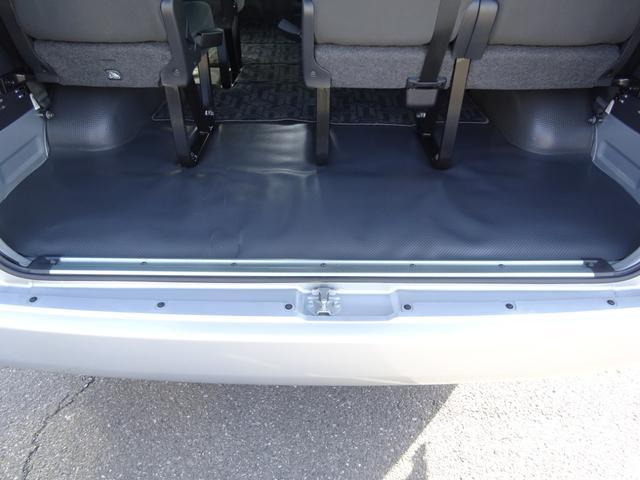 DX 4WD パワースライドドア 純正ナビ バックカメラ ETC 後席モニター 10人乗り(68枚目)