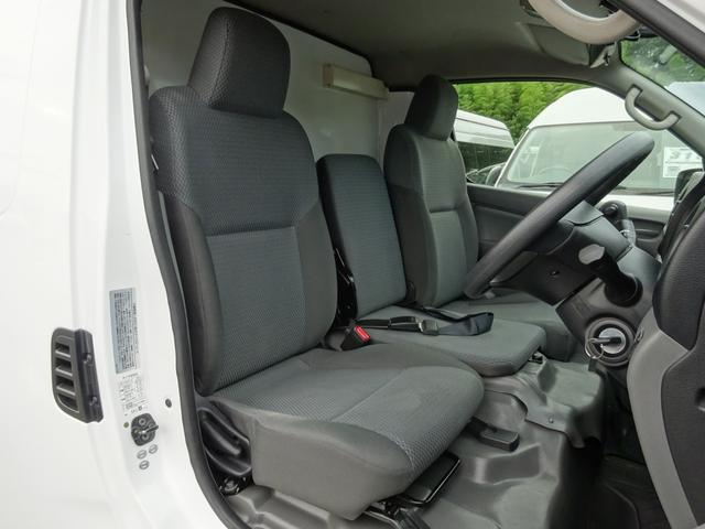 クールバン 最低設定温度5℃ 4WD ディーゼルターボ 寒冷地仕様 8ナンバー(冷蔵冷凍車)(9枚目)