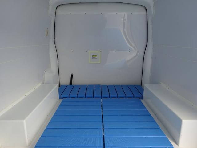 クールバン 最低設定温度5℃ 4WD ディーゼルターボ 寒冷地仕様 8ナンバー(冷蔵冷凍車)(12枚目)