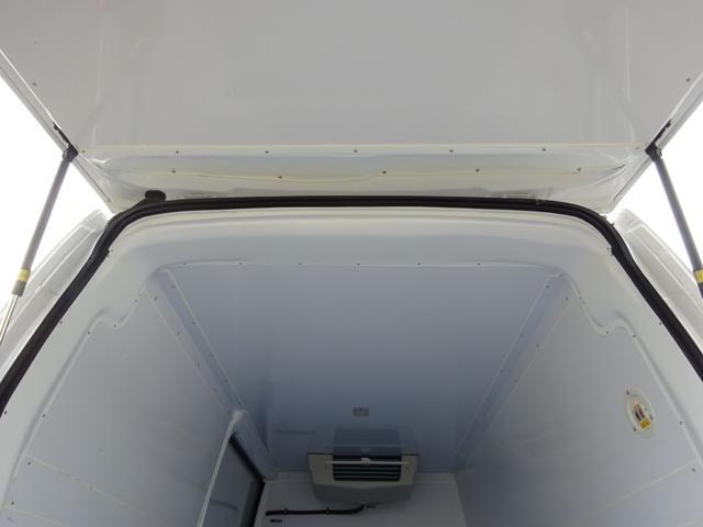 クールバン 最低設定温度5℃ 4WD ディーゼルターボ 寒冷地仕様 8ナンバー(冷蔵冷凍車)(67枚目)