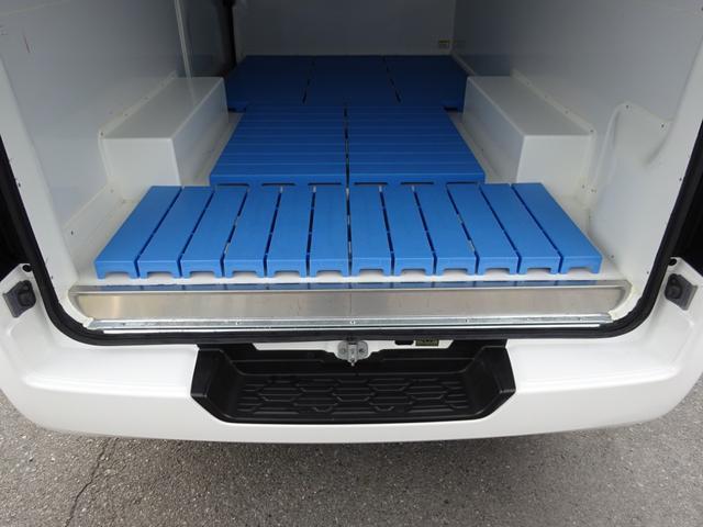 クールバン 最低設定温度5℃ 4WD ディーゼルターボ 寒冷地仕様 8ナンバー(冷蔵冷凍車)(68枚目)