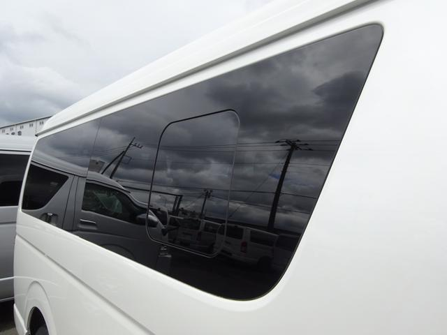GL パワースライドドア 後席モニター LEDヘッドランプ 社外ナビ バックカメラ ETC 10人乗り(28枚目)