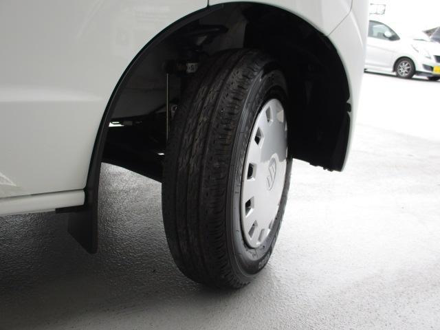 タイヤの溝もしっかりと残っています♪画像でご確認下さい!!