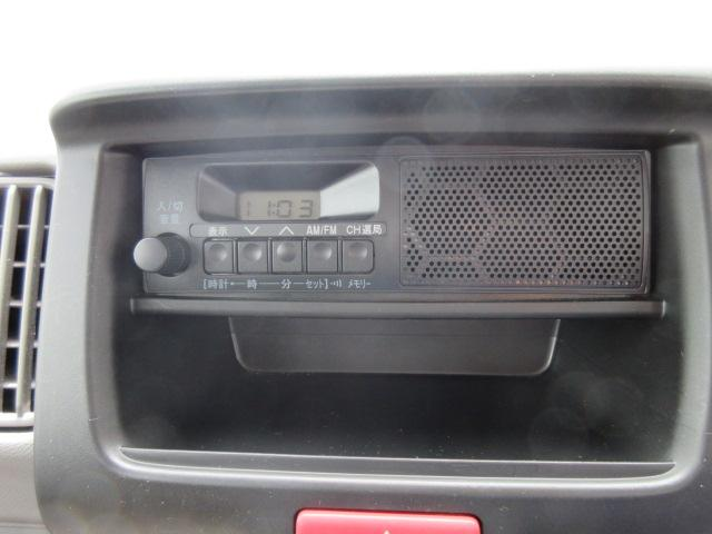 【純正ラジオ】ラジオ(AM/FM)プレーヤー標準装備です!お好きな音楽を聴いてドライブに行きましょう♪