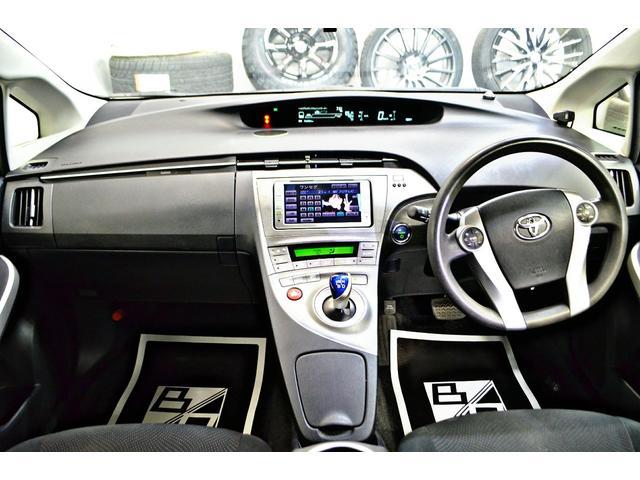 トヨタ プリウス S 後期SDナビ新品19AWローダウンイカリング