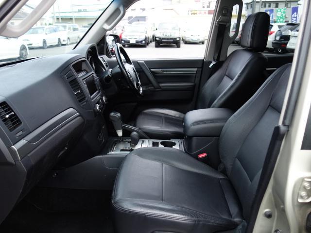 ロング エクシードX 4WD ナビ 本革 サンルーフ(18枚目)