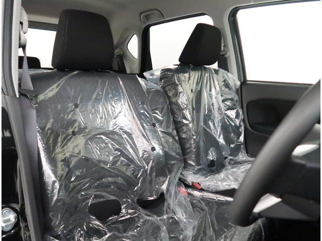 【フロントシート】室内全体が落ち着いた内装色です。気分も落ち着いてお乗り頂けますよ!是非一度座って頂き、シートの質感や座り心地などお確かめください。