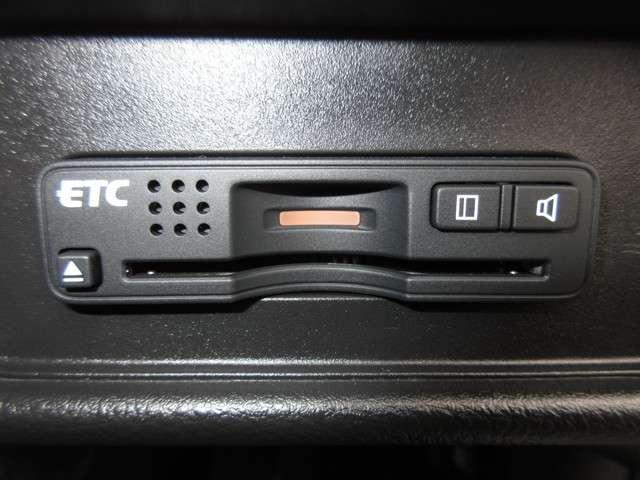 ハイブリッドアブソルート・ホンダセンシングEXパック 純正メモリーナビ Bluetooth ETC Rカメラ(11枚目)