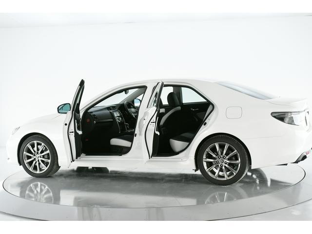 セーフティセンス搭載の高級セダン【マークX】☆ワンオーナー車でオプション装備のクリアランスソナー付き!!人気のパール色です♪