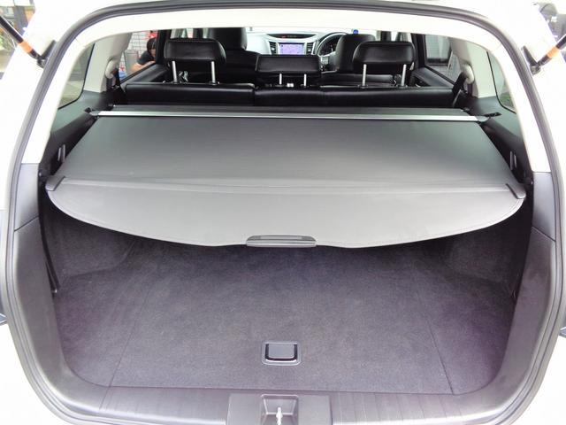 2.5iアイサイト Sパッケージ 後期 D型 黒レザーシート 純HDD地デジBモニ 4WD 禁煙車 追従システム ビルシュタイン クルコン オートライト HID ETC Sヒータ Pシート Cセンサ SIドライブ Hライドウォッシャ(31枚目)