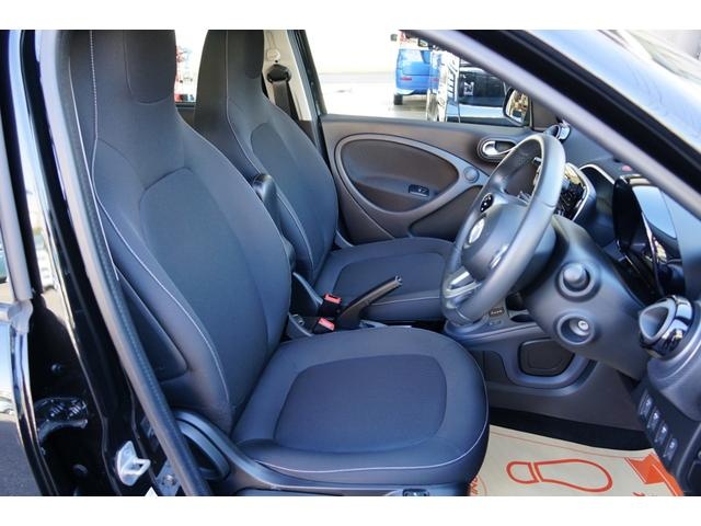 パッション 除菌済み ワンオーナー 衝突被害軽減システム クルーズコントロール シートヒーター 純正オーディオ ブルートゥース AUX USB キーレス 純正アルミ(13枚目)