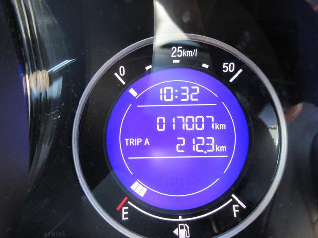 走行距離はなんと1.7万キロ!安心してドライブを楽しめる一台です♪