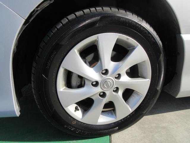 タイヤもホイールもヒビ割れ等なく安心してお使いいただけます♪