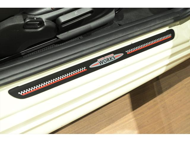 ジョンクーパーワークス トラックスタイルパッケージ/アダプティブLEDヘッドライト/TVキット/パーキングアシストパッケージ(37枚目)