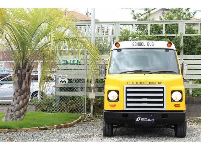 PA ブギーライダー GMCスクールバス仕様 マットブラック15インチAW 内装カラーリメイク オリジナルシートカバー FAKERステアリング CarrozerriaメモリーナビDTVBluethooth(8枚目)