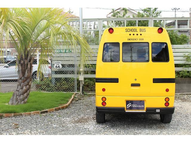PA ブギーライダー GMCスクールバス仕様 マットブラック15インチAW 内装カラーリメイク オリジナルシートカバー FAKERステアリング CarrozerriaメモリーナビDTVBluethooth(12枚目)