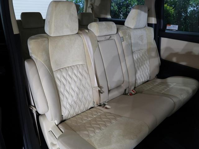 2.5X 登録済未使用車 トヨタセーフティセンス レーダークルーズ 両側電動ドア 100V電源 ベージュ内装 LEDヘッド バックカメラ 純正16アルミ スマートキー オートライト 8人乗り(11枚目)