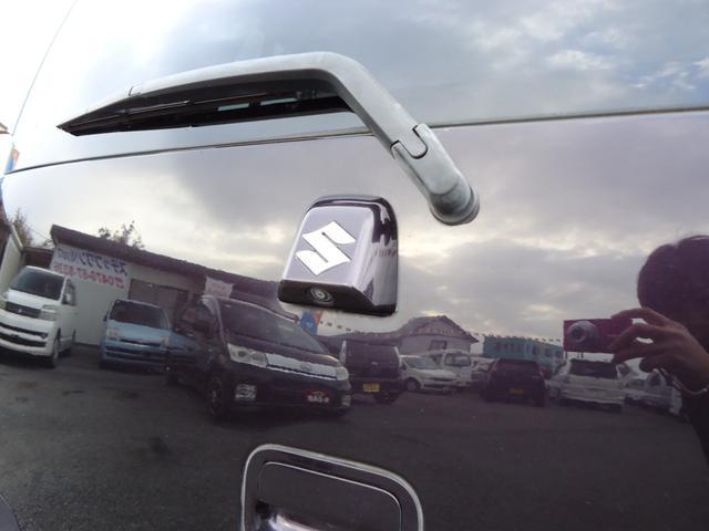 駐車時安心のバックモニター!