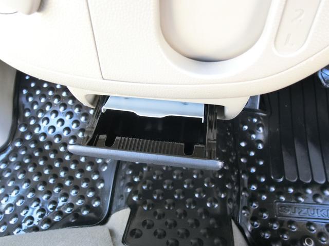 灰皿も未使用の禁煙車両の為、車内に嫌な臭いや汚れもございませ!