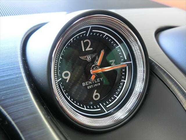 ベントレー ベントレー ベンテイガ ベースグレード OP21AW OPクロームグリル D車