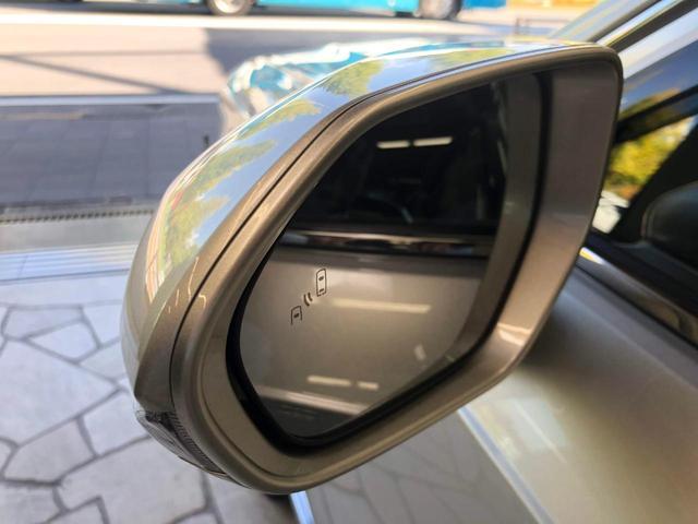 「トヨタ」「センチュリー」「セダン」「東京都」の中古車36