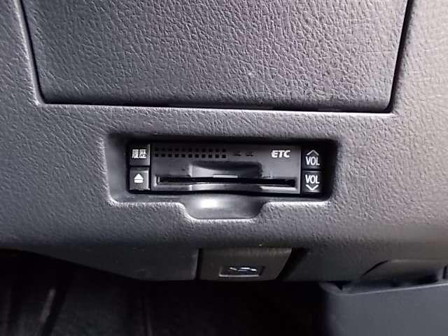 Z エアロ-Gパッケージ HDDナビ フルセグ リアカメラ ETC(13枚目)