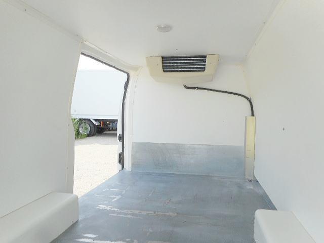 冷蔵冷凍車 中温冷凍車ー5℃ オートマ車 ワンオーナー(7枚目)