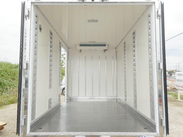 中温冷凍車ー7℃ 1.35t10尺 オートマ車 ワンオーナー(6枚目)