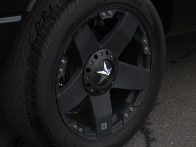 SLT フロントベンチ 社外22インチ トノカバー 新車並行(7枚目)
