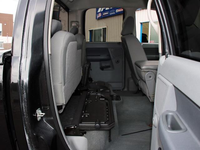 SLT フロントベンチ 社外22インチ トノカバー 新車並行(18枚目)